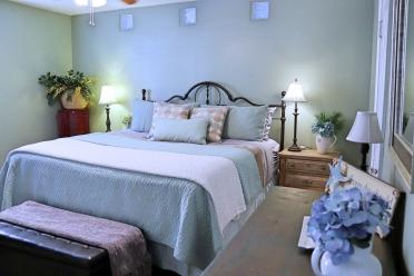 Bedroom One (king)