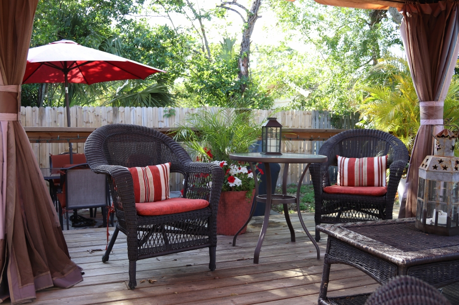 Daytime patio