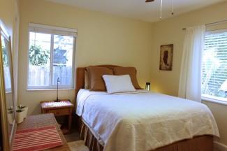 BedroomSmWindowBlindUp (2)